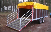 Przyczepa ciężarowa rolnicza Kurier-6 do przewozu zwierząt CynkoMet