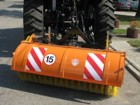 Zamiatarka ciągnikowa ZS150, ZS200, ZS250 POMAROL